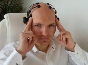 ja_neuro_headset-593x4441